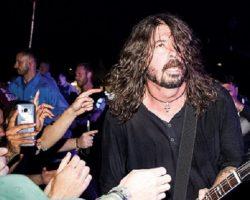 Foo Fighters estrenan otra canción de su nuevo disco, escucha 'Dirty Water'