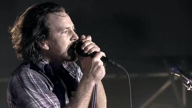 Pearl Jam pone broche dorado a primera jornada de Lollapalooza