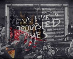 """Green Day homenajea a Martin Luther King en su nuevo video """"Troubled Times"""""""