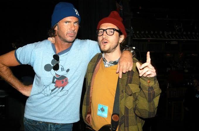 """Chad Smith: """"Tenemos mucha música nueva y ha sido divertido volver a tocar con John Frusciante"""""""