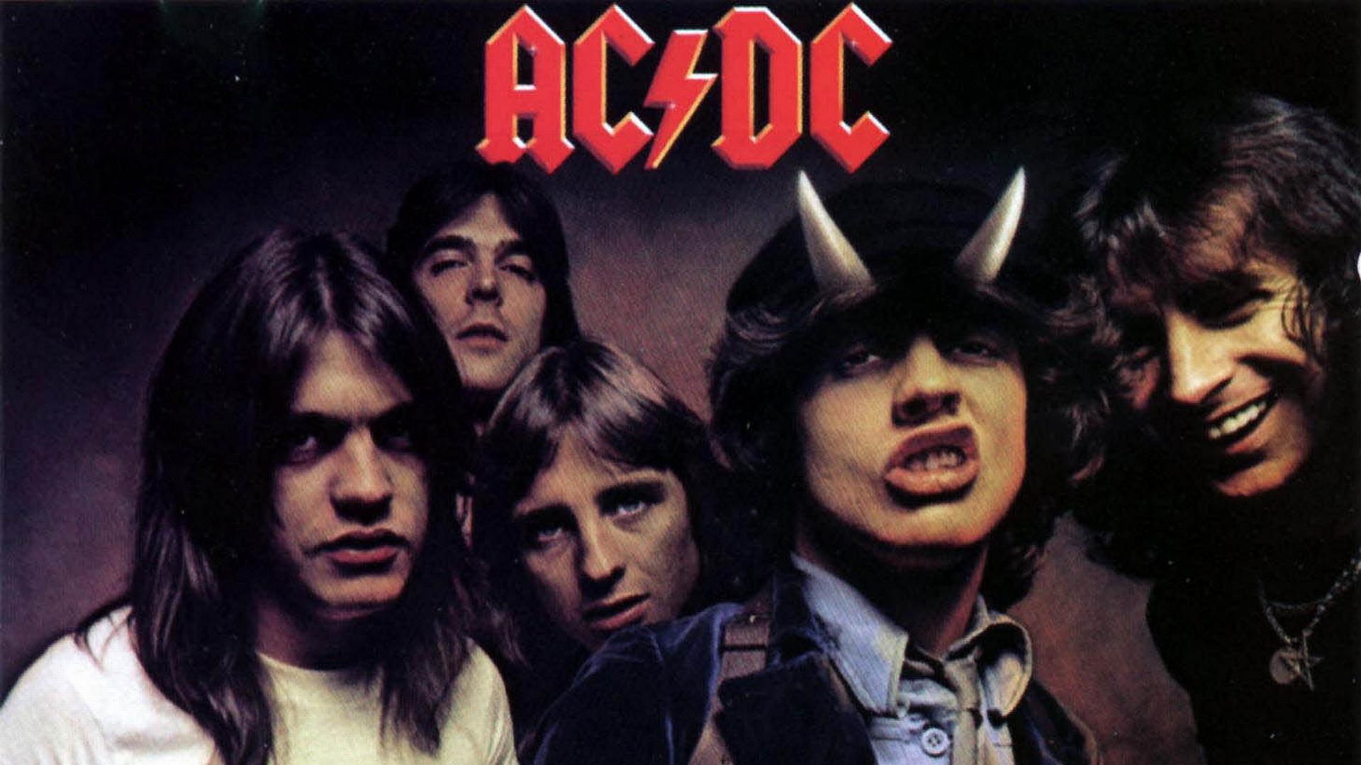 Rockumentales: La historia de AC/DC, completo y subtitulado