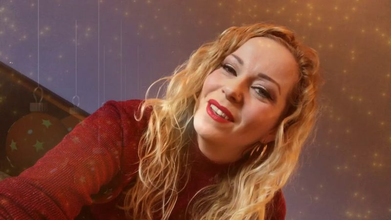 "Ya está disponible  ""The Darkest Skies Are the Brightest"", el inspirado nuevo álbum de Anneke Van Giersbergen"