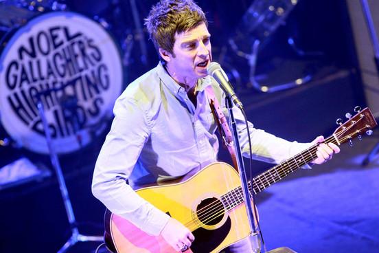 Escucha la nueva canción de Noel Gallagher: