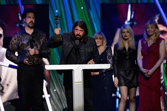 Revisa los detalles y video de la inducción de Nirvana en el Rock'N'Roll Hall of Fame