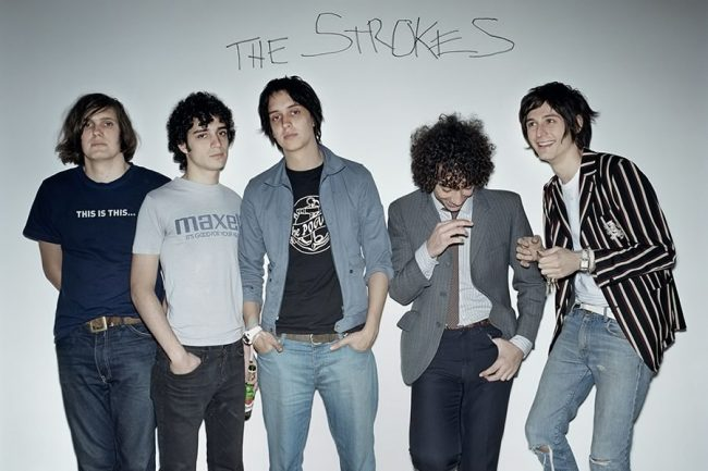 "The Strokes anuncian su nuevo álbum de estudio, escucha el primer single ""At The Door"""