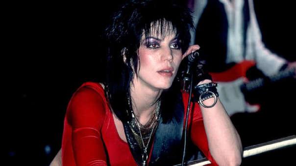 Joan Jett se sumará a gira de reunión de Mötley Crüe junto a Poison y Def Leppard