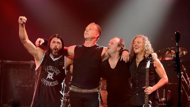 Metallica donará más de 500 mil dólares para ayuda contra los incendios en Australia
