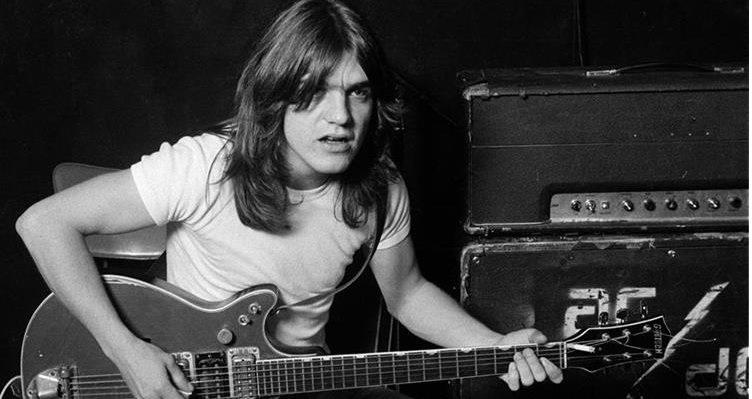 Reportes indican que guitarras de Malcolm Young aparecerán en nuevo disco de AC/DC