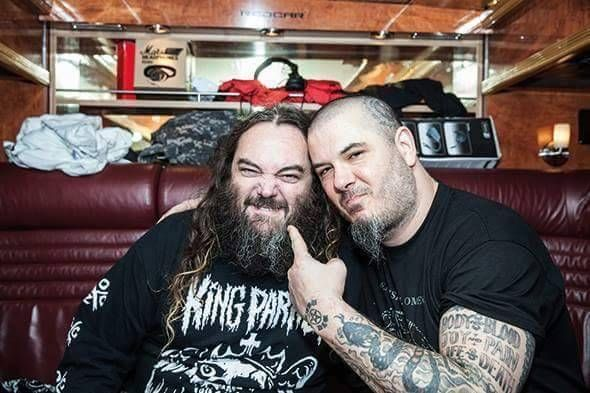 "Video: Mira a Phil Anselmo y Max Cavalera interpretar juntos ""Walk "" de Pantera"