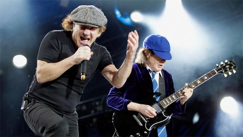 """Ingeniero de AC/DC confirma que la banda está """"haciendo algo nuevo"""" en el estudio"""