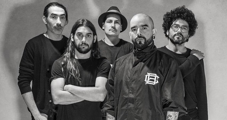 """Entrevista con Como Asesinar a Felipes: """"La guitarra no es lo que buscamos para componer nuestro bloque sonoro""""."""