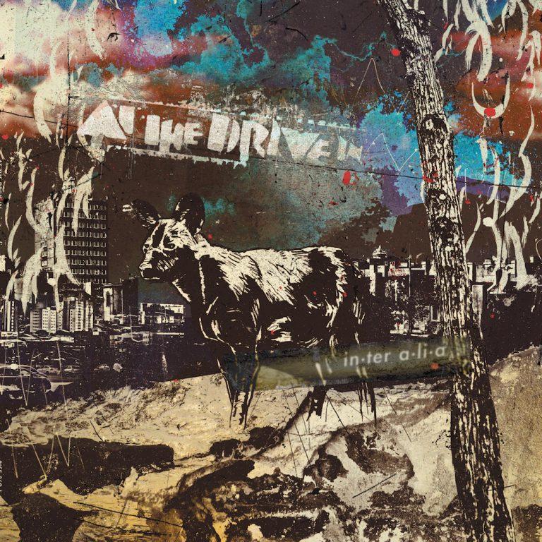 """At the Drive-In anuncia """"in·ter a·li·a"""", su nuevo álbum de estudio, escucha un nuevo adelanto"""