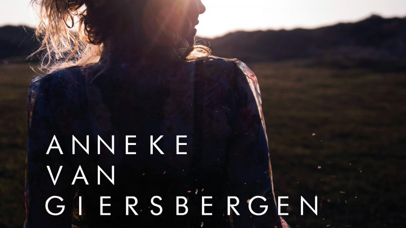 Anneke Van Giersbergen – The Darkest Skies Are The Brightest (2021): belleza en las cicatrices del alma