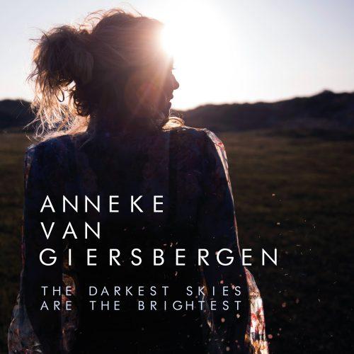 Anneke Van Giersbergen – The Darkest Skies Are The Brightest (2021): belleza en las cicatrices del alma