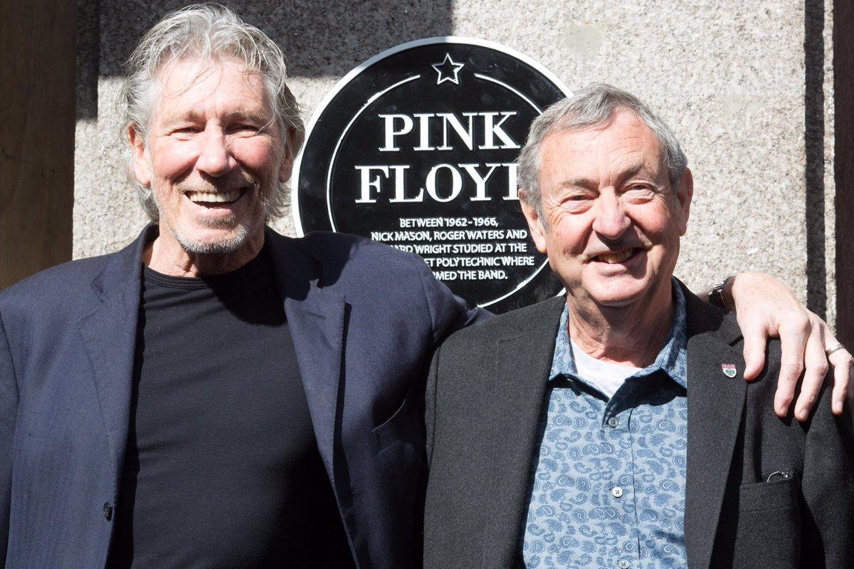 VIDEO: Roger Waters se reúne con su ex compañero de Pink Floyd Nick Mason en reciente show en vivo