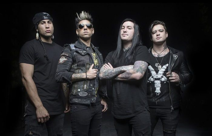 "Escape The Fate regresa a Chile para celebrar los 10 años de ""This War Is Ours"""