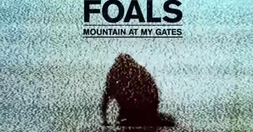 Foals estrena nuevo sencillo, escucha 'Mountain at my Gates'