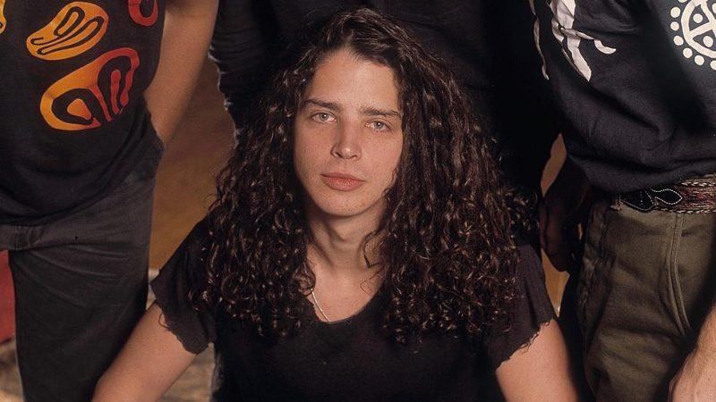 Lanzan libro con la historia de Chris Cornell y los primeros años de Soundgarden