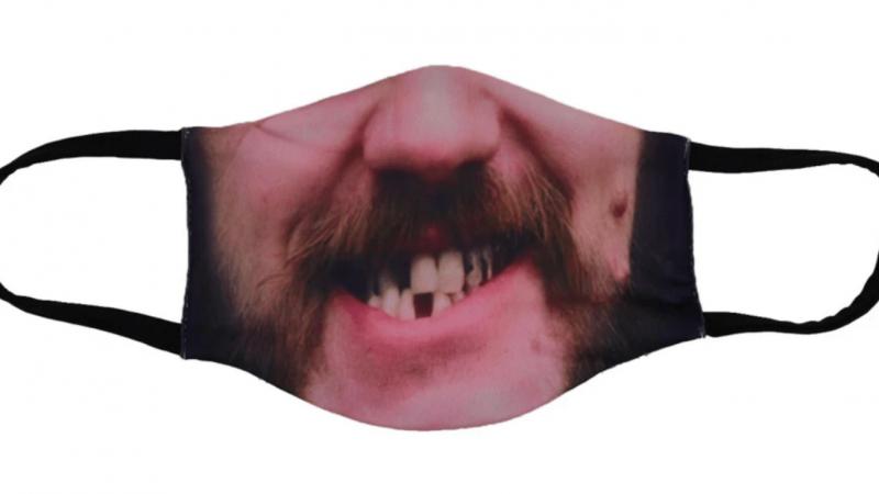 """Motörhead lanzó su linea de mascarillas """"Lemmy"""" y se agotaron en 24 horas"""