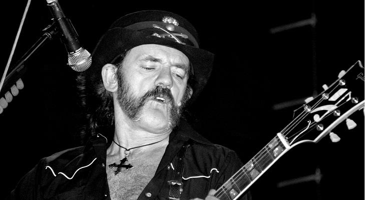 """Overkill"": Scorpions y miembros de Motörhead rindieron tributo a Lemmy Kilmister en vivo"