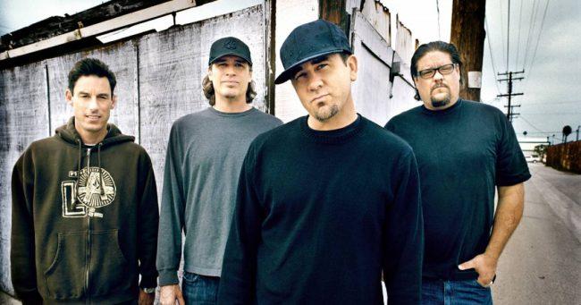 Pennywise no llegará a concierto pactado para presentarse junto a The Offspring
