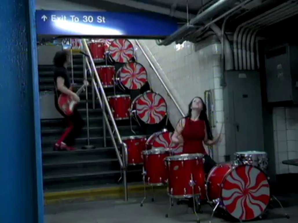 "Videografía Rock: ""Hardest Button to Button"" – The White Stripes"