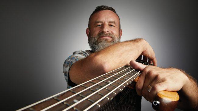 Justin Chancellor está trabajando en música para un nuevo álbum de Tool y en un proyecto junto a Peter Murphy