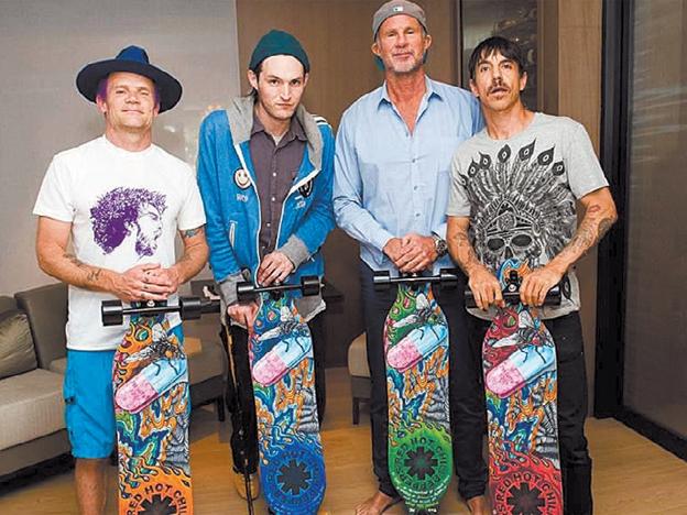 Red Hot Chili Peppers anuncia que ya trabaja  en su nuevo álbum de estudio