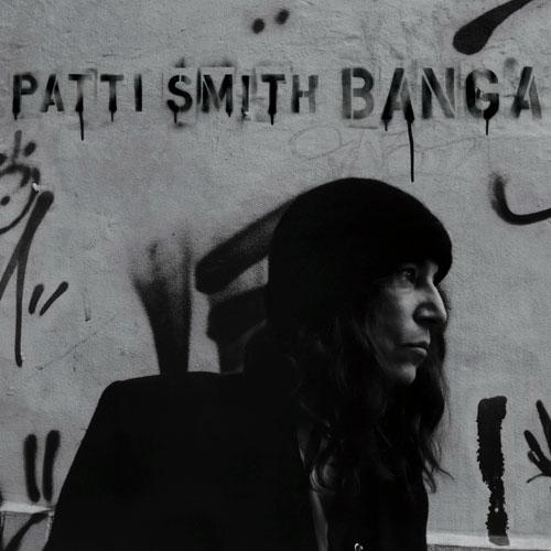 "Patti Smith presenta ""Banga"" en el show de Letterman"