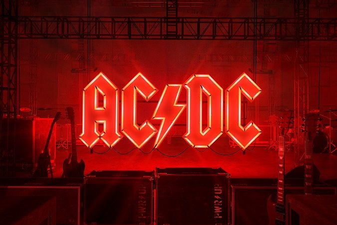 """Power Up"": AC/DC regresando en forma desde el limbo"