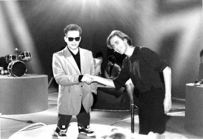 """Videografía Rock: """"Hot Hot Hot"""" – The Cure"""