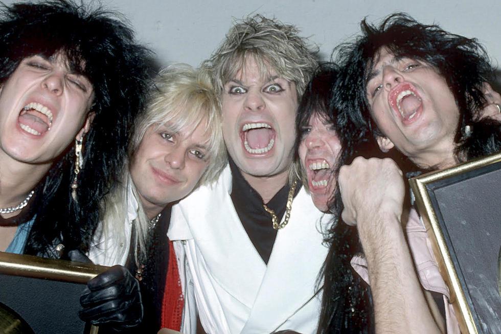 El día que Ozzy aspiró hormigas y bebió su propia orina junto a Mötley Crüe