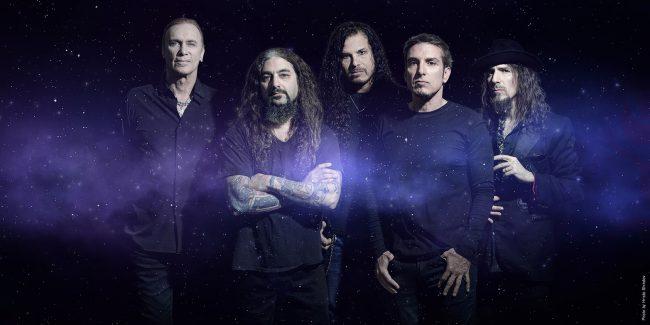 Mike Portnoy regresa a Chile con su súperbanda Sons of Apollo