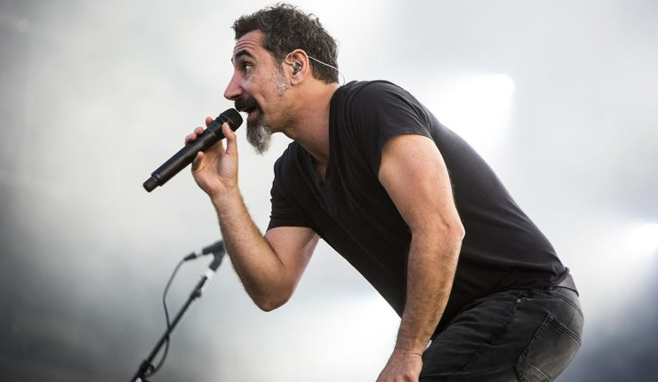 Serj Tankian quiere compartir canciones inéditas de System Of A Down