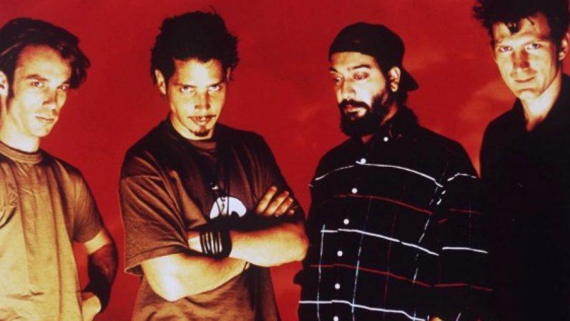 """Vicky Cornell revela que música inédita de Soundgarden """"vera la luz del día"""""""