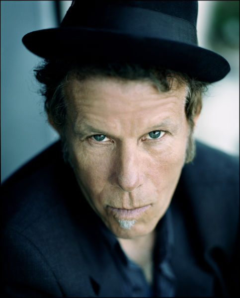 Tom Waits estrena video para 'Satisfied'