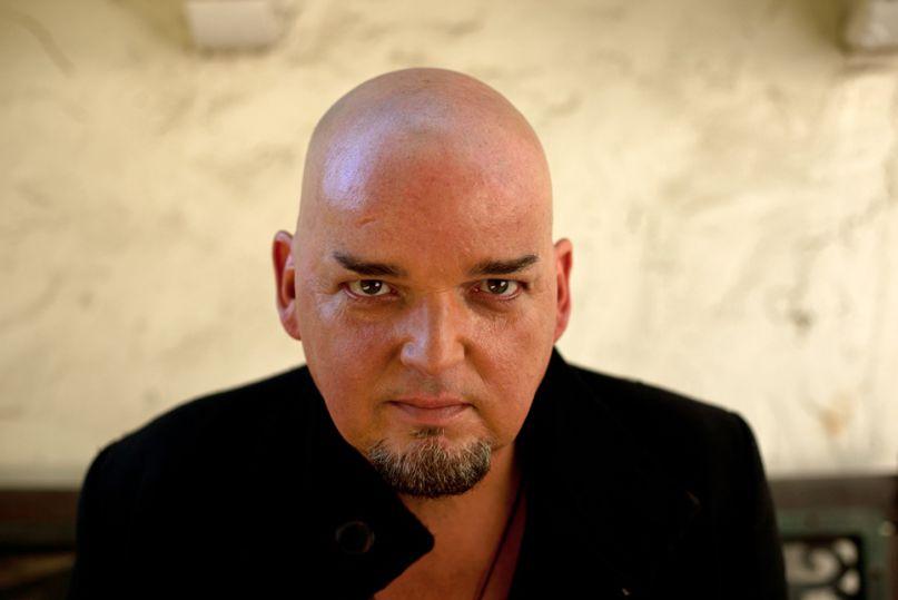 Alain Johannes grabará nuevo material y agenda fechas en Chile y Colombia