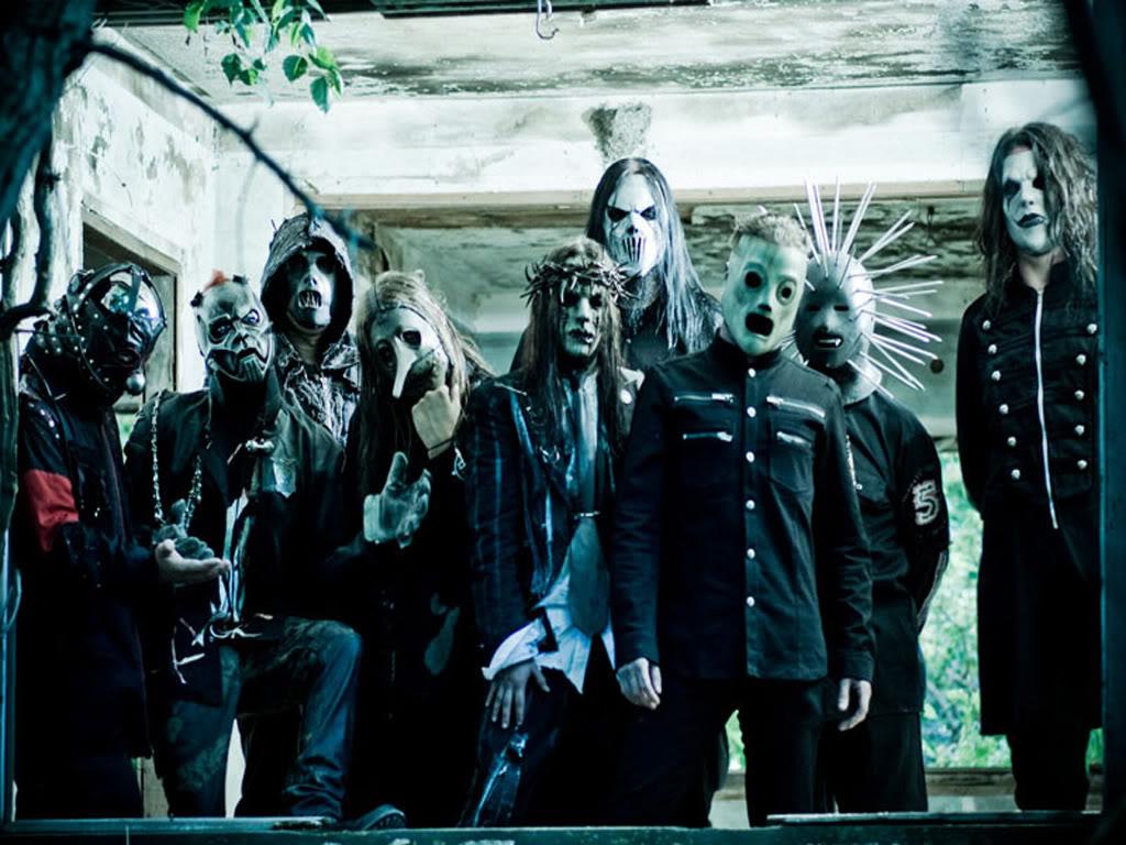 Slipknot lanza álbum de grandes éxitos y libro fotográfico