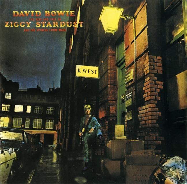 """Se reedita el clásico """"Ziggy Stardust and the Spiders From Mars"""" de David Bowie para conmemorar sus 40 años"""