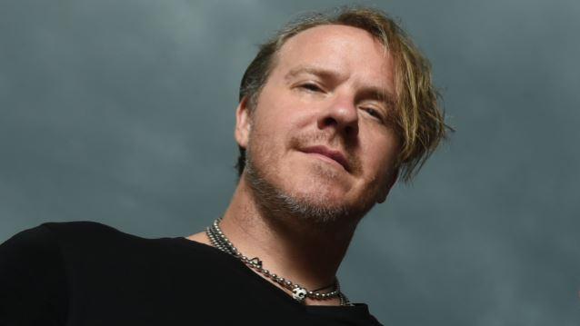 Burton C. Bell deja Fear Factory tras más de 30 años en la banda