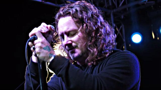 """Candlebox y su emotiva interpretación de """"Say Hello 2 Heaven"""" en honor a Chris Cornell"""