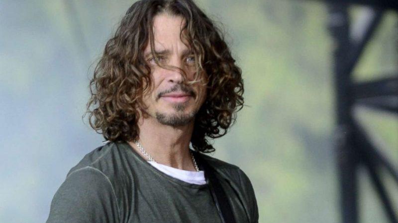 """Chris Cornell obtiene su primer número uno póstumo gracias a su versión de """"Patience"""" de Guns N' Roses"""