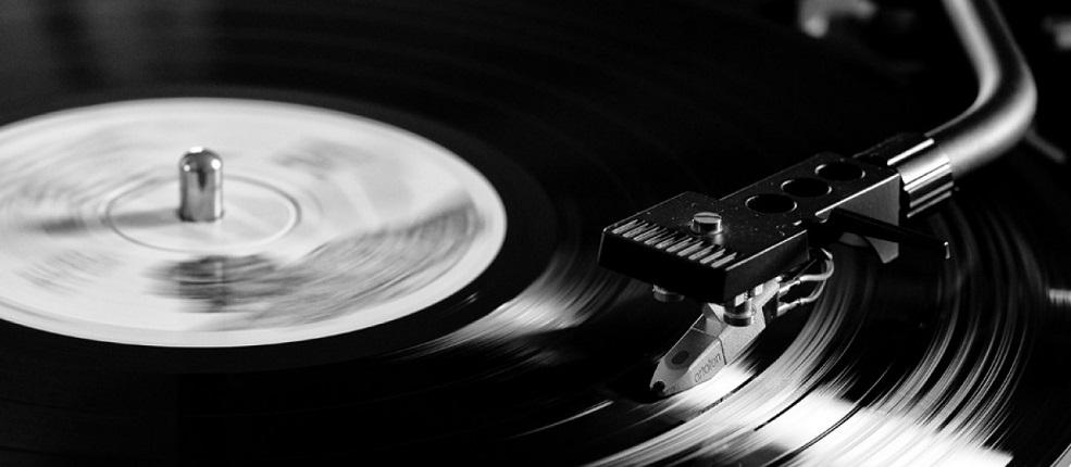 [Playlist] Cuando cae la cortina. 20 mejores finales de discos del rock chileno