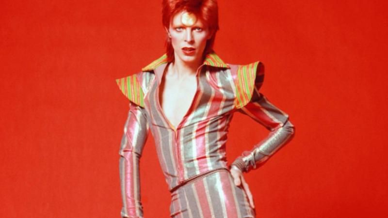 """Publican primer clip de adelanto de """"Stardust"""", la próxima película biográfica de David Bowie"""