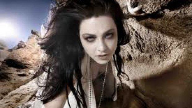 Mira el nuevo video para 'My Heart is Broken', el nuevo sencillo de Evanescence