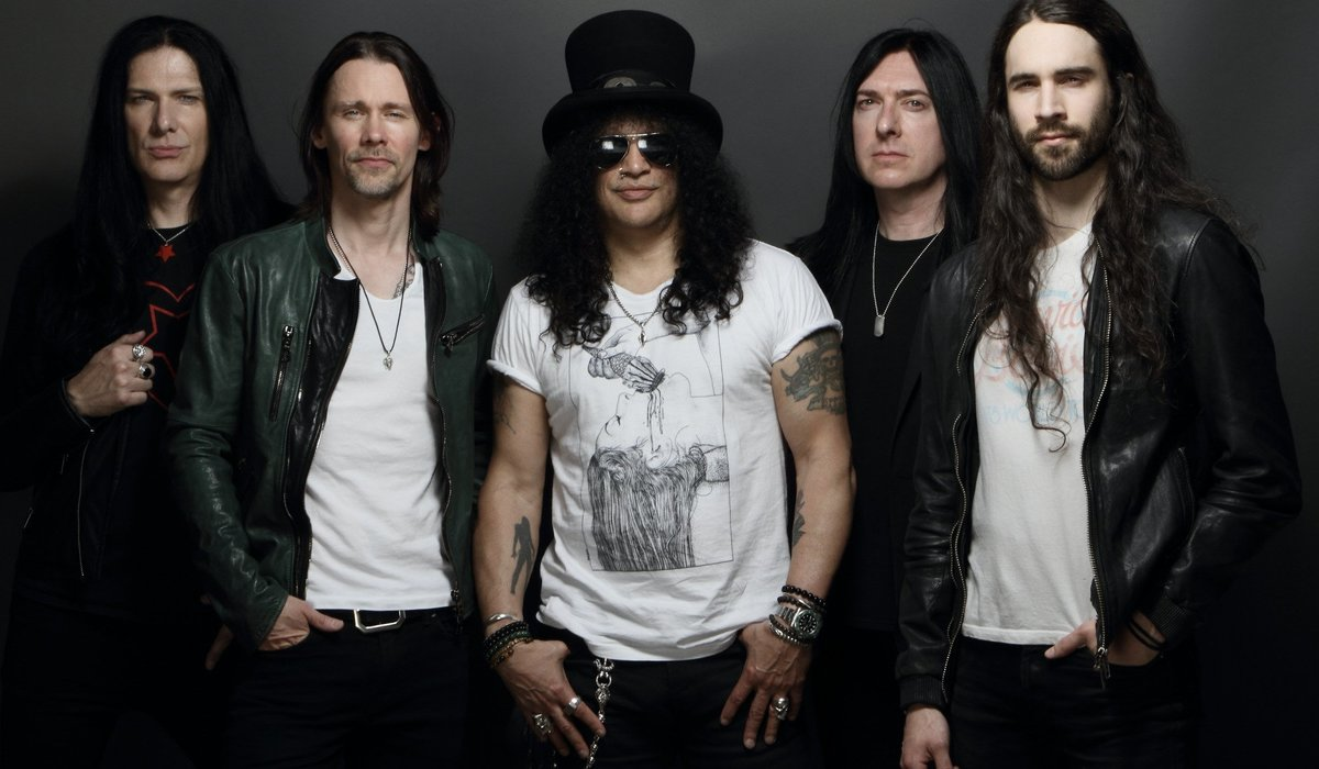 slash-ft-miles-kennedy-en-chile