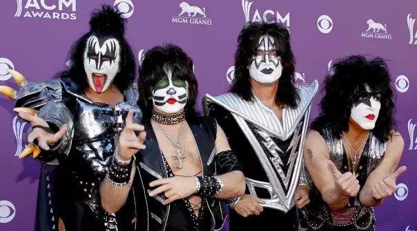 """Kiss quiere marcar un Record Guiness con """"el show de pirotecnia más grande jamás realizado"""" para Año Nuevo"""