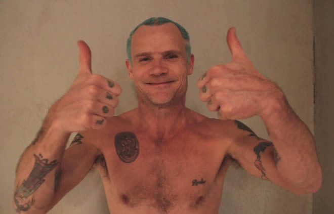 "Flea habló sobre el nuevo disco de Red Hot Chili Peppers: ""Será un disco súper bailable"""