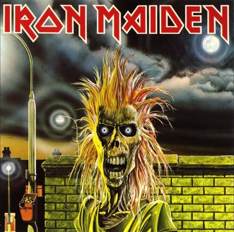 """""""Iron Maiden"""", el álbum debut, el arrollador nacimiento de la bestia"""