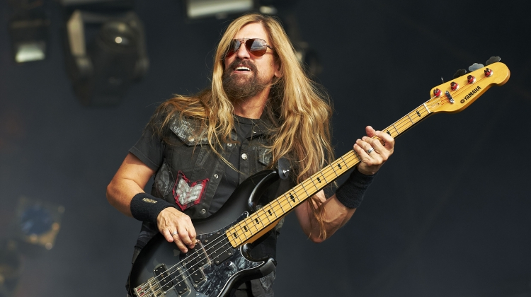 Megadeth confirma a James LoMenzo como su nuevo bajista